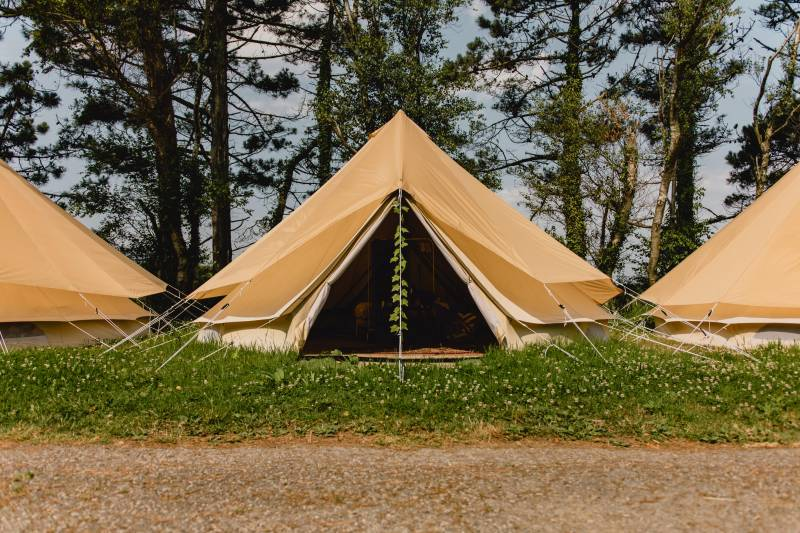 Tipi Resort (25+)